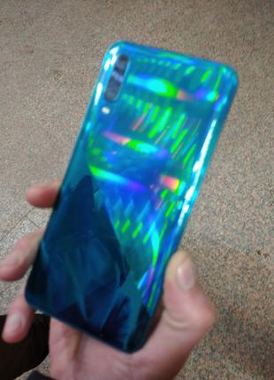 Продам телефон SAMSUNG A31