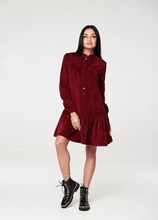 Платье из вельвета бордового цвета