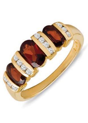 Золотое кольцо с гранатами и бриллиантами 0,16 карат 17,5 мм