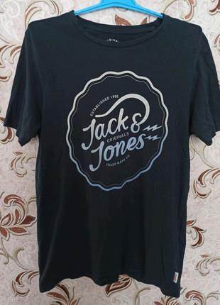 Футболка  Jack & Jones !
