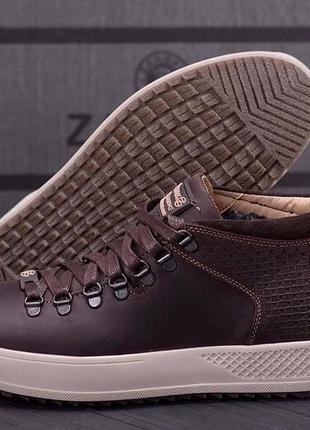 Мужские зимние ботинки на меху кожаные