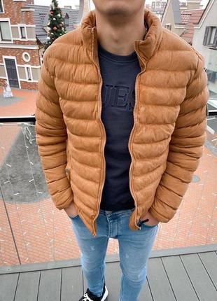Стильная мужская куртка пуховик