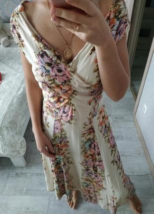 Красивое актуальное платье сарафан миди открытые плечи