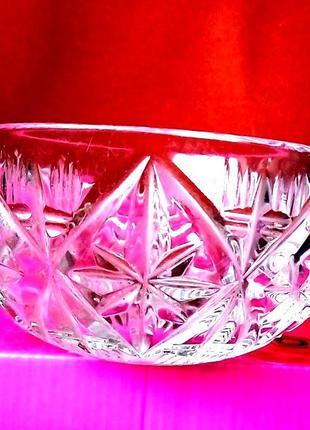 Чешский хрусталь красивая массивная ваза конфетница салатник б...