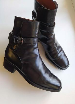 Жіночі шкіряні черевички