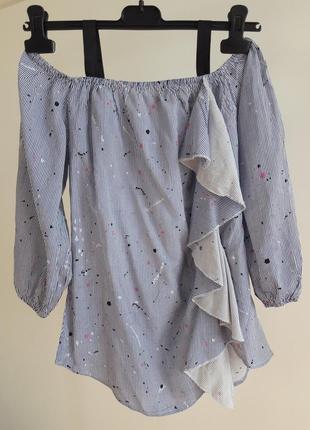 Распродажа! блуза с воланом и открытыми плечами