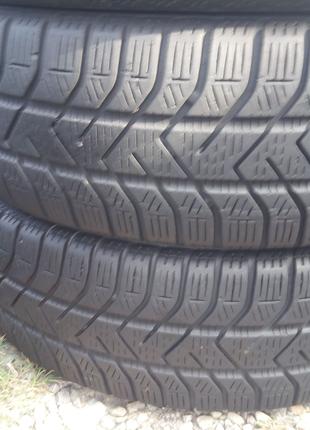 Шини резина зимние Pirelli 195/65/15 ціна за 4 шт