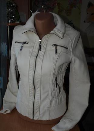 Классная белая  куртка стройной девочке ,эко кожа.-xxs-xs-рост...