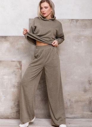 Ангоровый свободный костюм цвета хаки