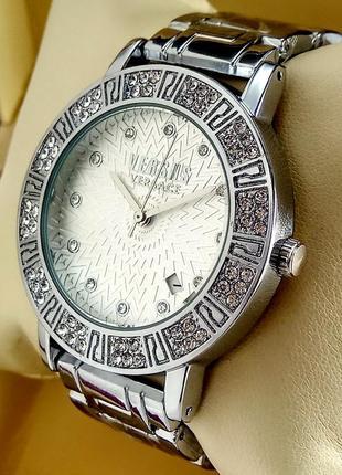 Женские кварцевые наручные часы Versace с датой на браслете