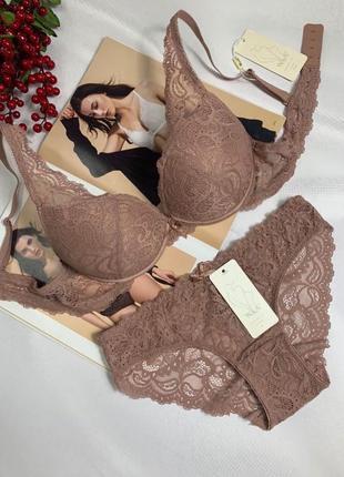 Комплект жіночоі білизни