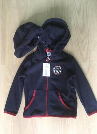 Флисовая курточка с шапочкой германия