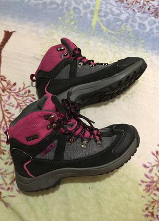 Треккиеговые ботинки trespass 36 размер