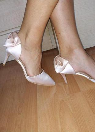Туфли 43 р на шпильке свадебные