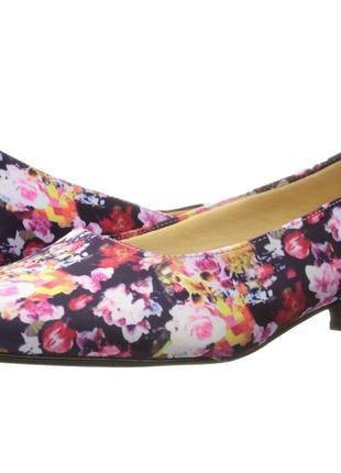Туфли 43-44 р на удобном каблуке trotters