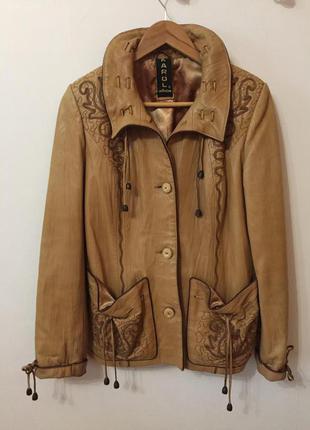 Куртка кожанная женская почти новая . 48 размер