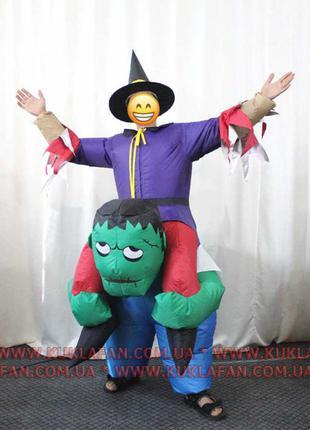 Надувной костюм Ведьмак на гоблине