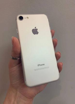 Apple iPhone 7 32GB Silver Neverlock Белый смартфон 5S/6/6S/8/...
