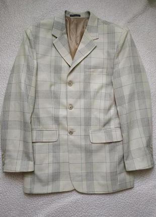 Клетчатый пиджак