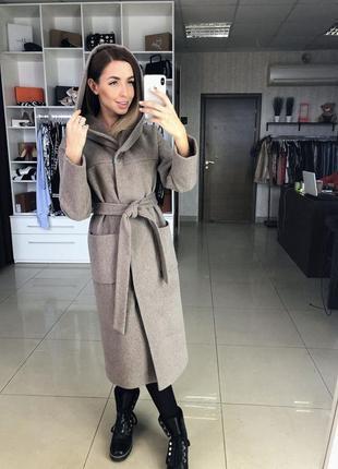 Пальто демисезонное женское длинное с капюшоном