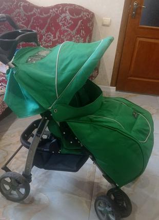 Дитяча коляска прогулка