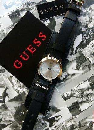 Часы guess в черном цвете с двойным кожаным ремешком