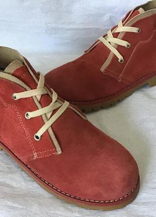 Боты ботинки красные замшевые cheils
