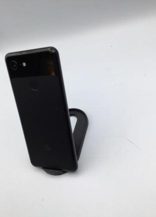 Google pixel 3 - Just Black. Все працює справно. Вигорань не має.