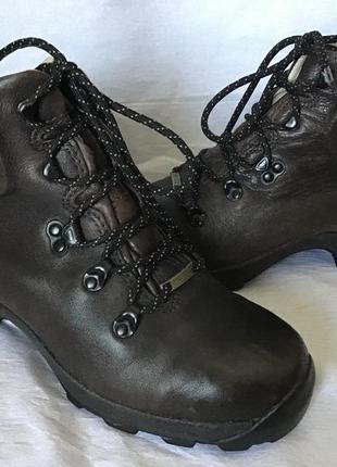 Ботинки brasher ботиночки gore-tex 38размер