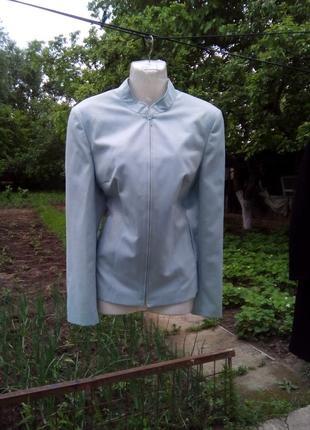Курточка ветровка новая