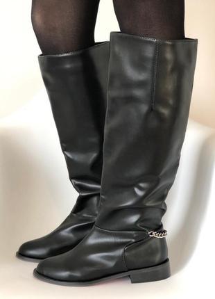 Высокие черные кожаные сапоги с цепочкой - christian louboutin