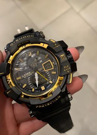Наручные часы Casio G-Shock GW-A1100 Black-Gold Наручний годинник