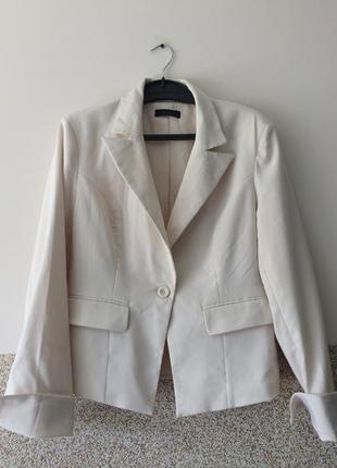 """Очень стильный пиджак р.42  """""""