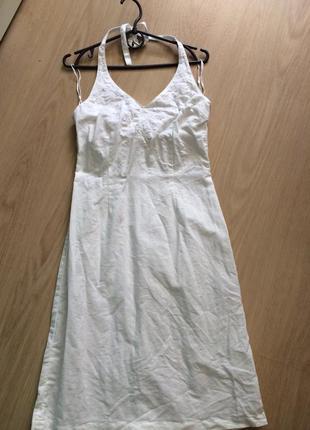 Очень красивое платье  льон и вышивка