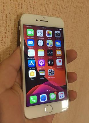 IPhone 7/32 GB в отличном состоянии