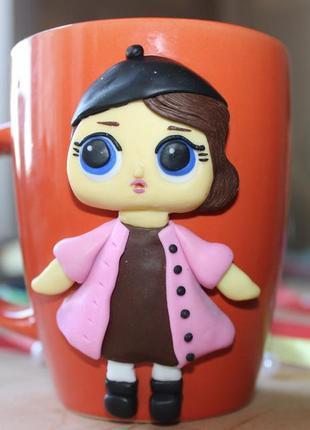Чашка з лялькою лол