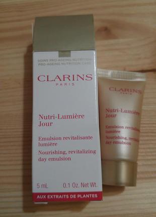 Эмульсия для лица clarins nutri-lumière jour nourishing...