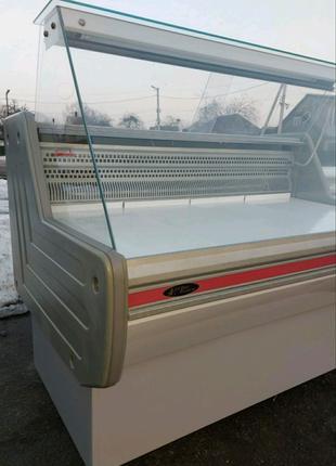 Холодильная витрина холодильник  1,2 м. В идеале  0 + 7