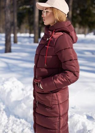 Бордовая удлиненная куртка-пальто-пуховик ,без капюшона!!!!