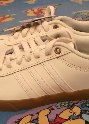 Кроссовки женские Adidas оригинал!!!