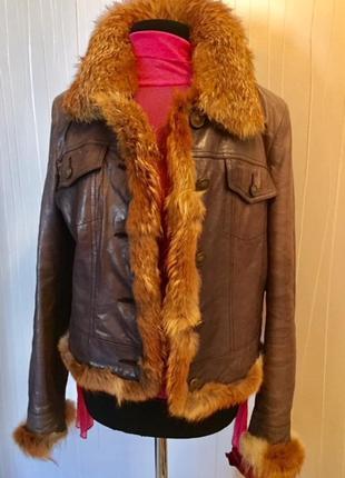 Кожаная куртка с окантовкой натуральным мехом
