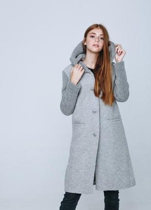 Зимнее женское пальто season с капюшоном