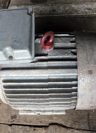 Электромотор 15 квт,3000 об