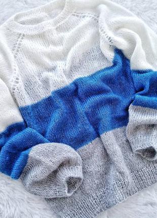 Нежный свитер из кидмохера