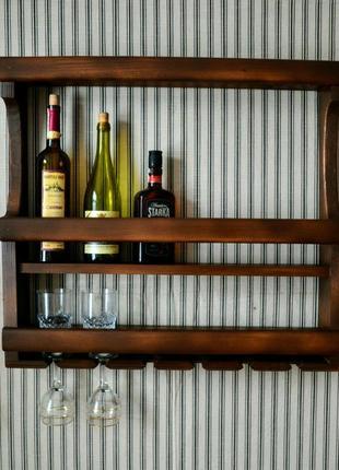 Винная полка открытого типа, полка навесная для вина и бокалов.