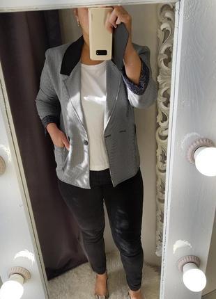 Супер стильный базовый пиджак,жакет в ,,гусину лапку,,