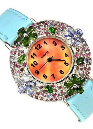 Серебряные часы с драгоценными камнями