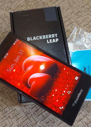 BlackBerry LEAP 5'' 2X1,5GHZ 2GB 16GB 8MP