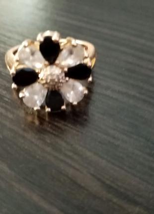 Кольцо с медицинского золота