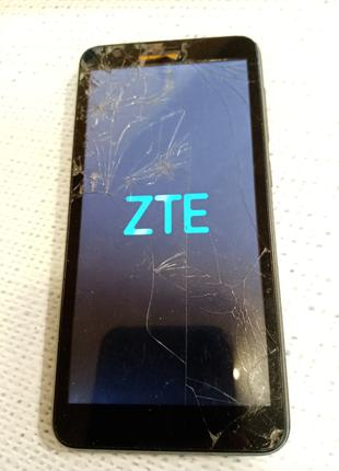 ZTE Blade L8 дисплейный модуль и динамик